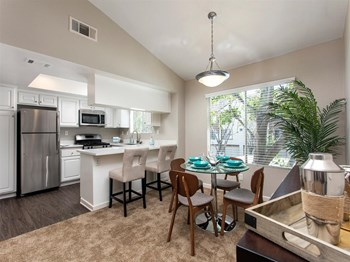 8604 E. Whitewater Drive 2 Beds Apartment for Rent Photo Gallery 1