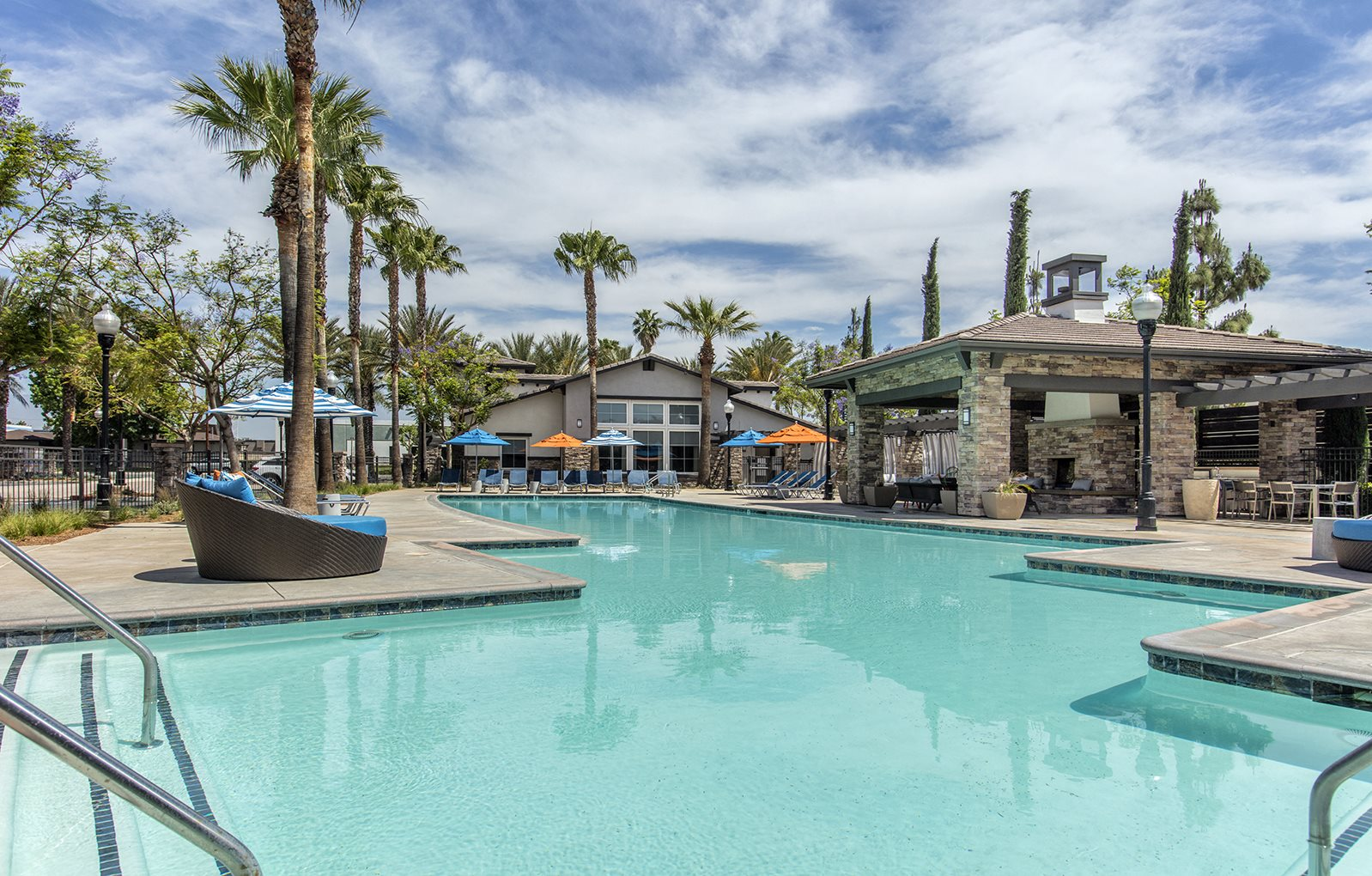 Apartments For Rent In Ontario Ca The Grove Apartments