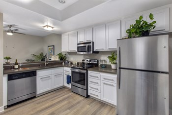 32762 Pointe Sutton 1 Bed Apartment for Rent Photo Gallery 1