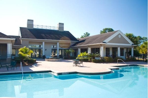 free poolside wifi at whispering pines apts in st augustine fl