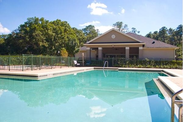 sparkling swimming pool at whispering woods apartments in st augustine fl
