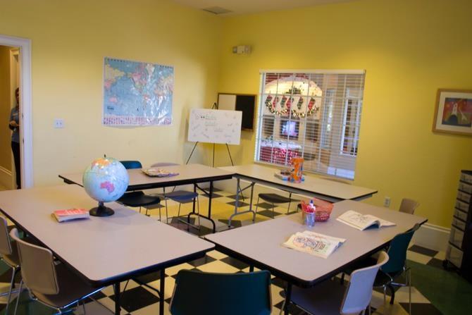 Ious Reading Room At Woodbridge Plant City 33566