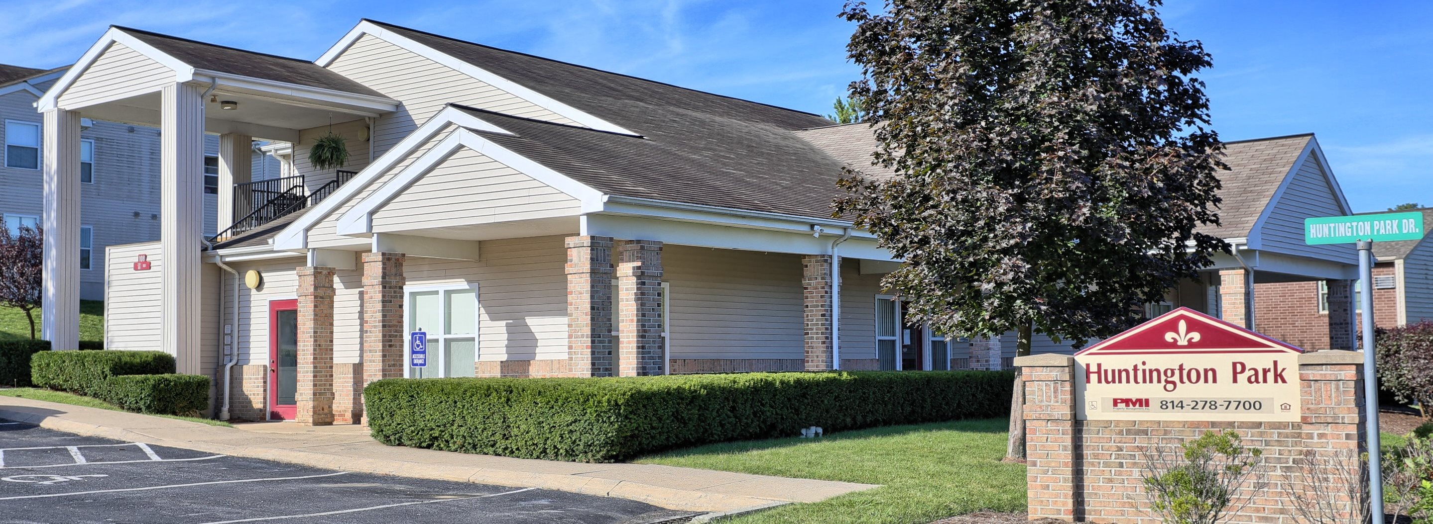 Penn State Apartments in Boalsburg, PA | Huntington Park Apartments | Property Management, Inc.