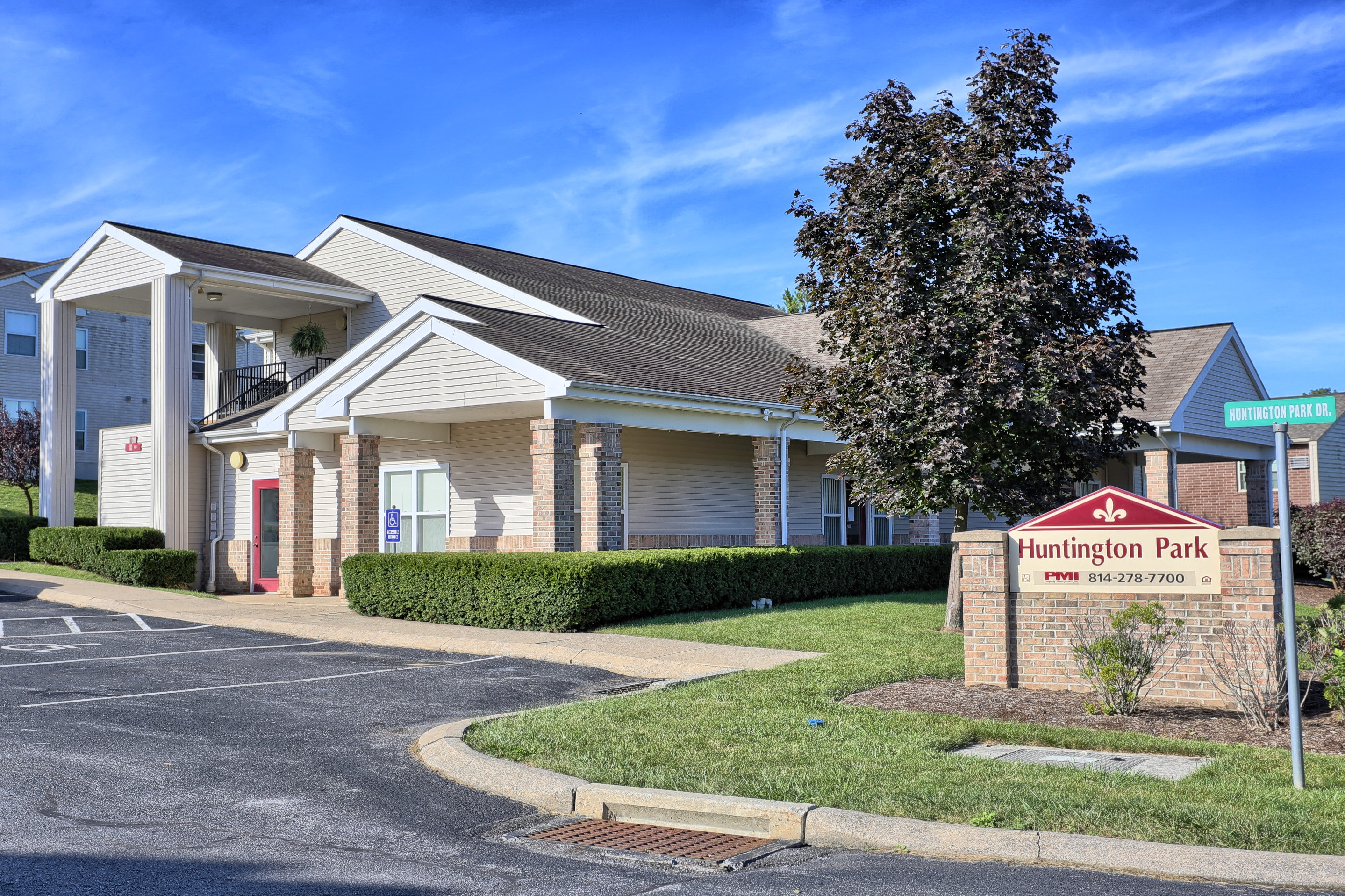 Penn State Apartments In Boalsburg, PA | Huntington Park Apartments |  Property Management, Inc