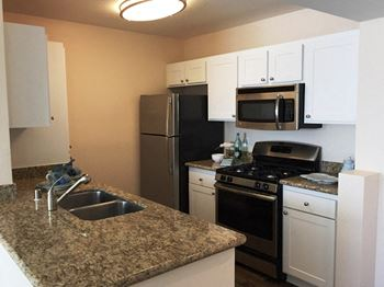 25501 Camino Los Padres 1-2 Beds Apartment for Rent Photo Gallery 1