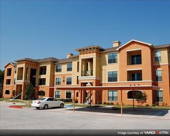 701 Center Ridge Drive 1-2 Beds Apartment for Rent Photo Gallery 1