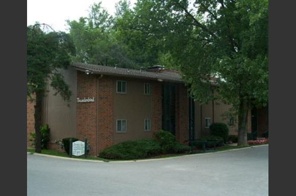 Brookridge Country Club Apartments Photo Gallery 1
