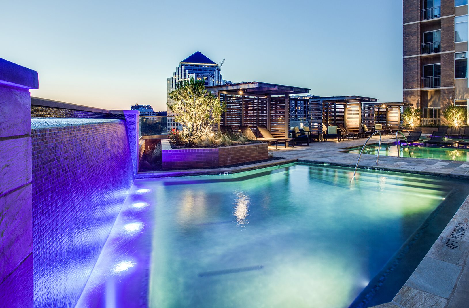 The jordan by windsor uptown dallas apartments home - Windsor village swimming pool houston tx ...