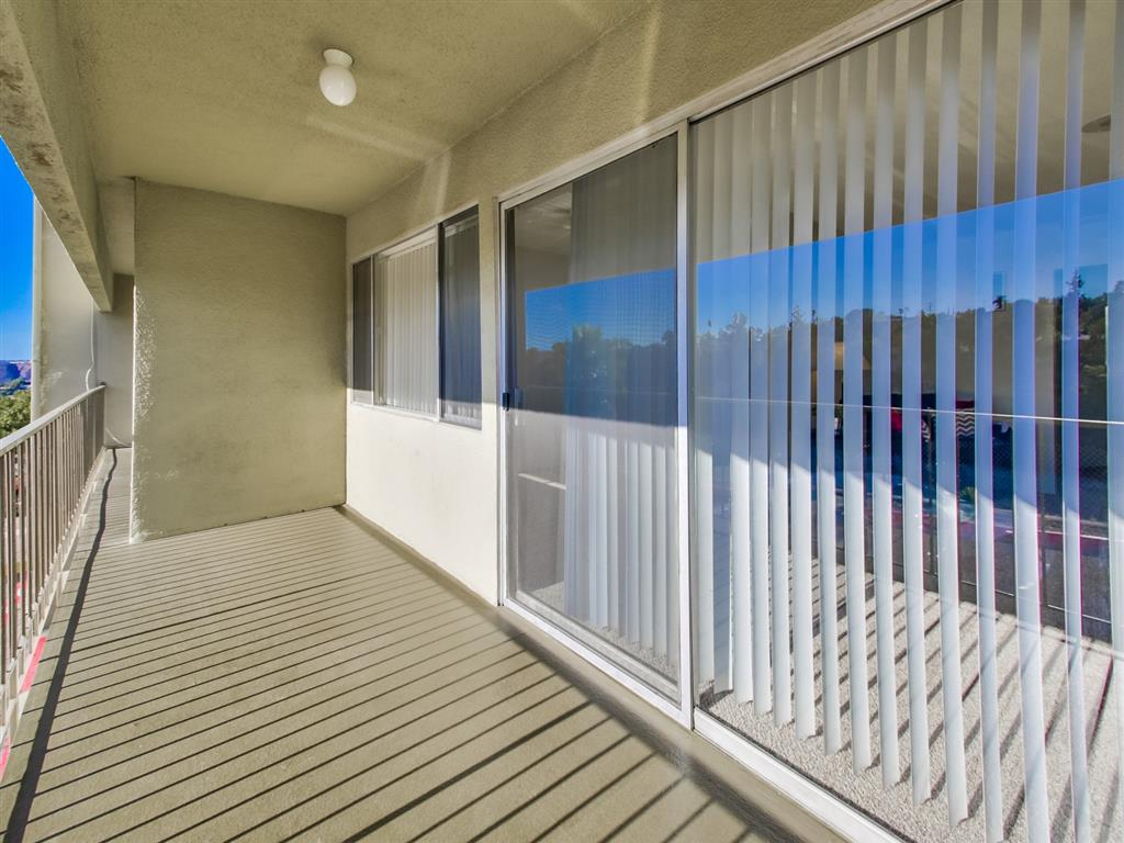 Screened Patio/Balcony at Alberts College Apartments, CA, 92115