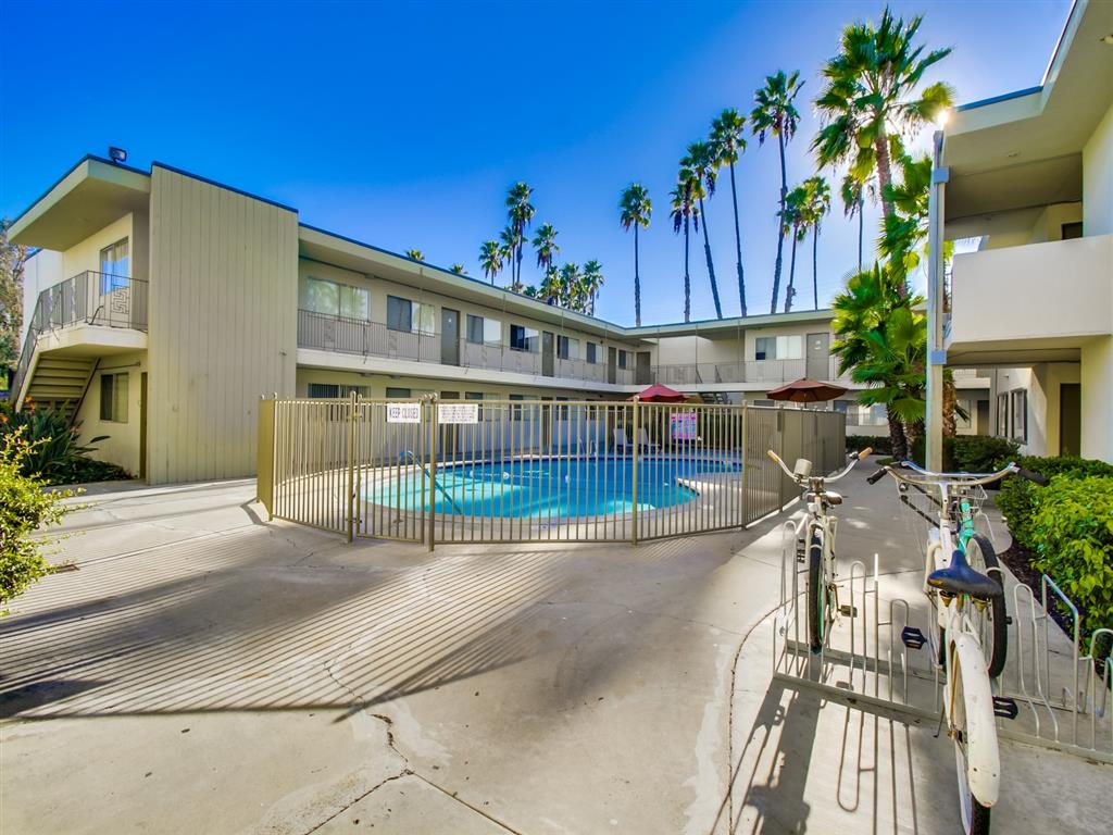 Community with 7 Swimming Pools at Alberts College Apartments, CA, 92115