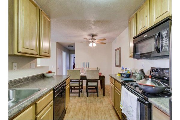 Kitchen Appliances at Barham Villas, San Marcos