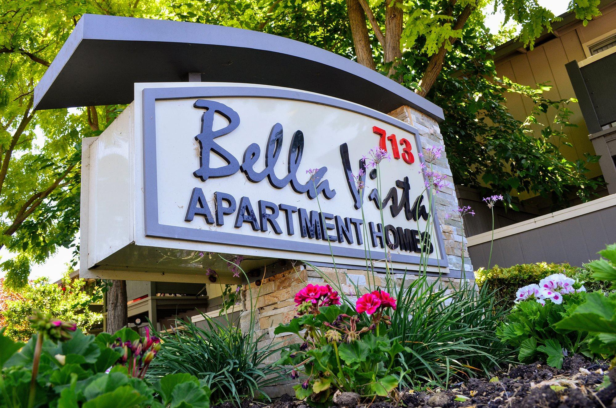 Bella Vista Apartment Homes Signage, 713 Trancas Street  Napa