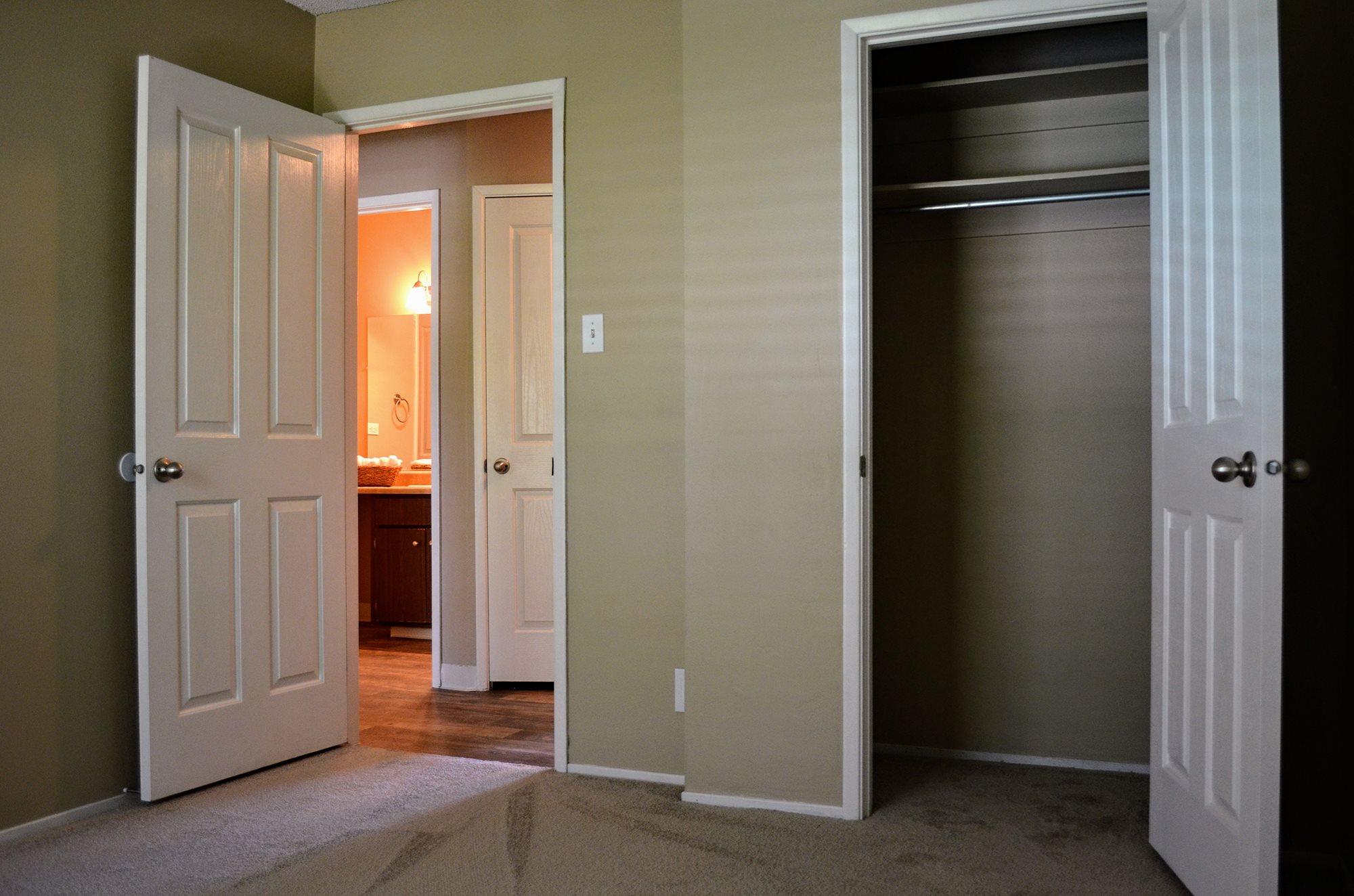 Walk In Closets at Bella Vista Apartment Homes, California, 94558