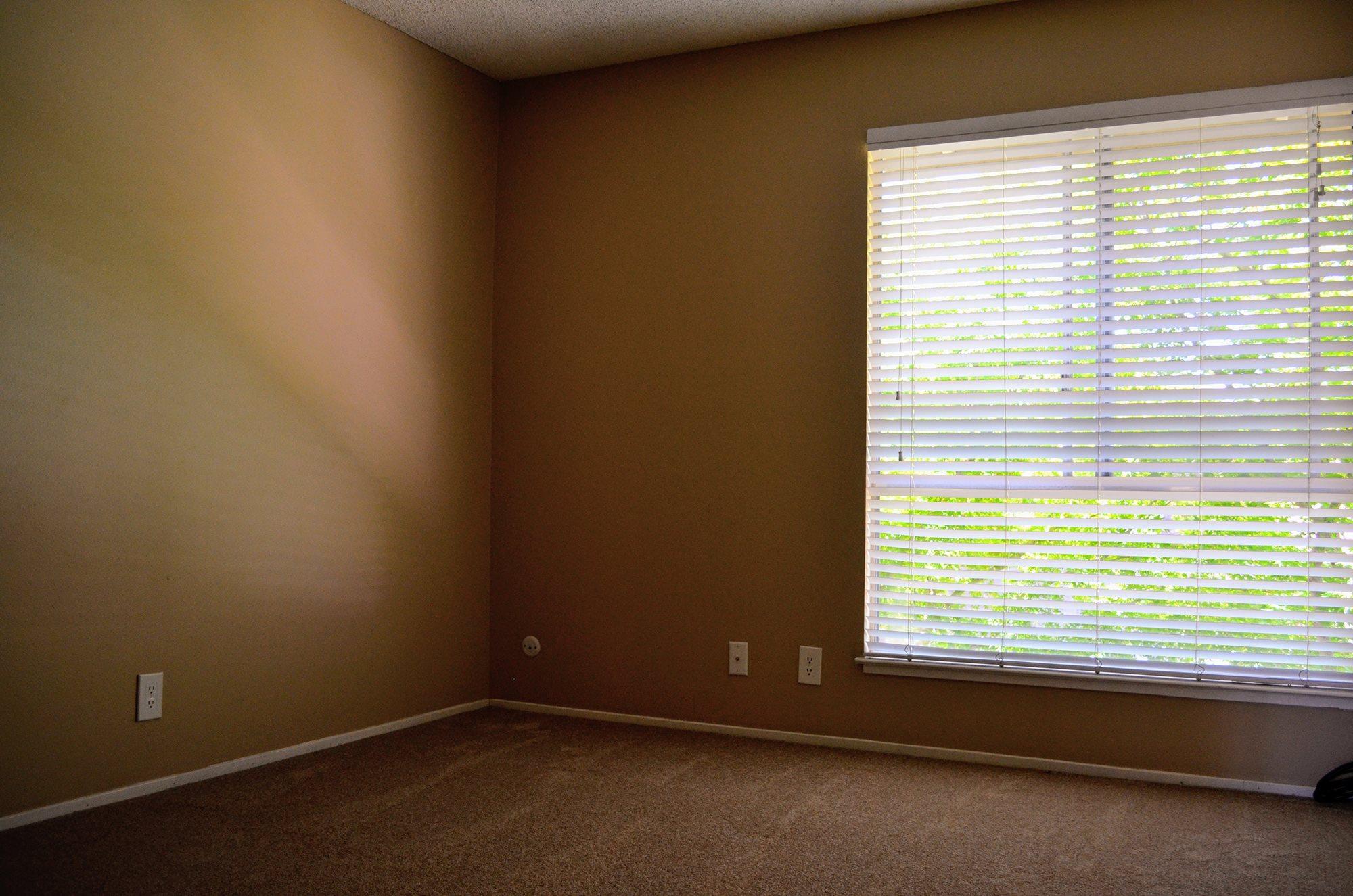 Plenty of Natural Light at Bella Vista Apartment Homes, Napa, CA, 94558