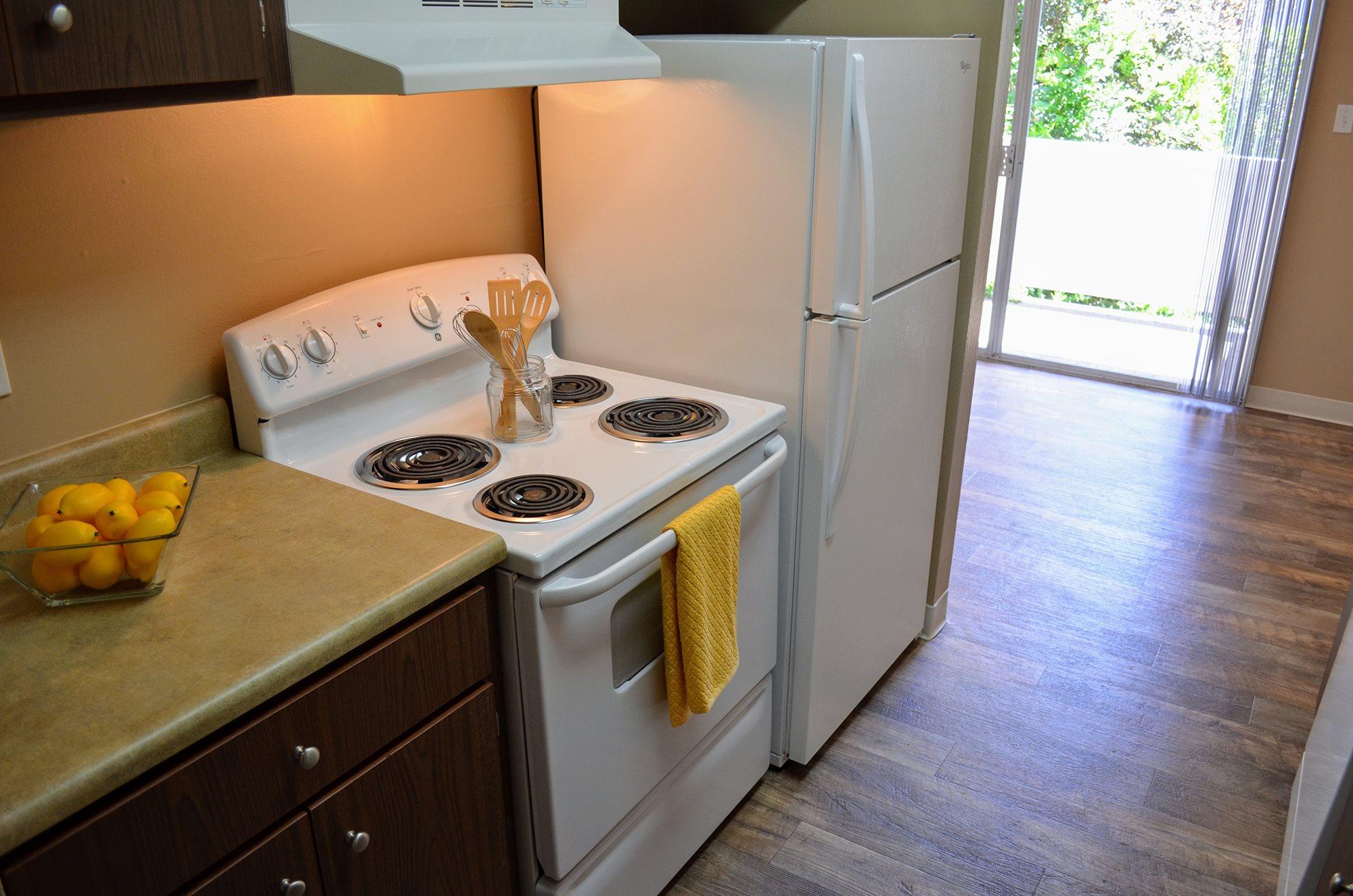 Gas Ranges at Bella Vista Apartment Homes, Napa, 94558
