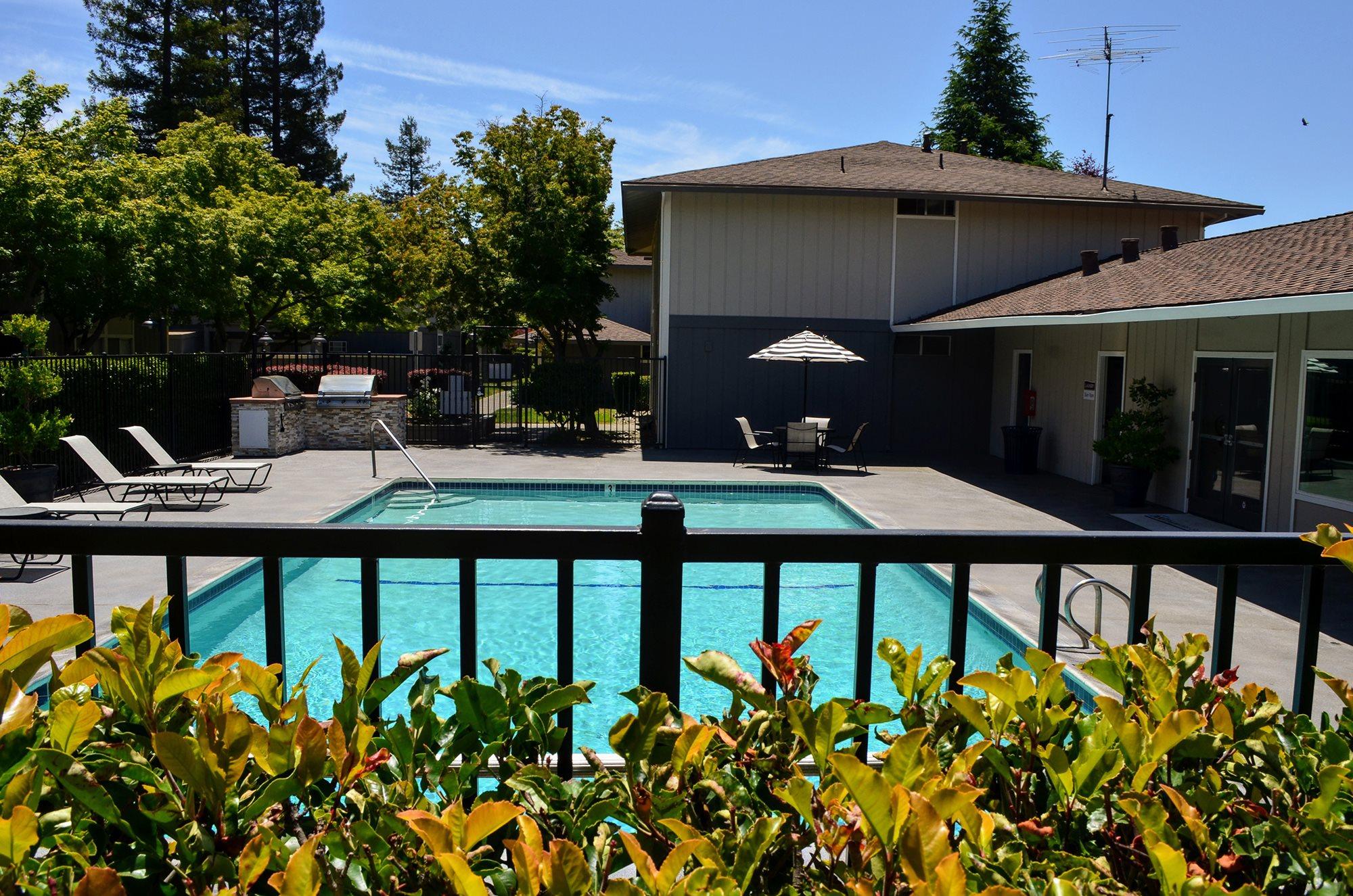 Pool House at Bella Vista Apartment Homes, Napa, CA