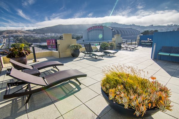 Rooftop Lounge pacific place apartments daily city, Daly City, CA, 94014