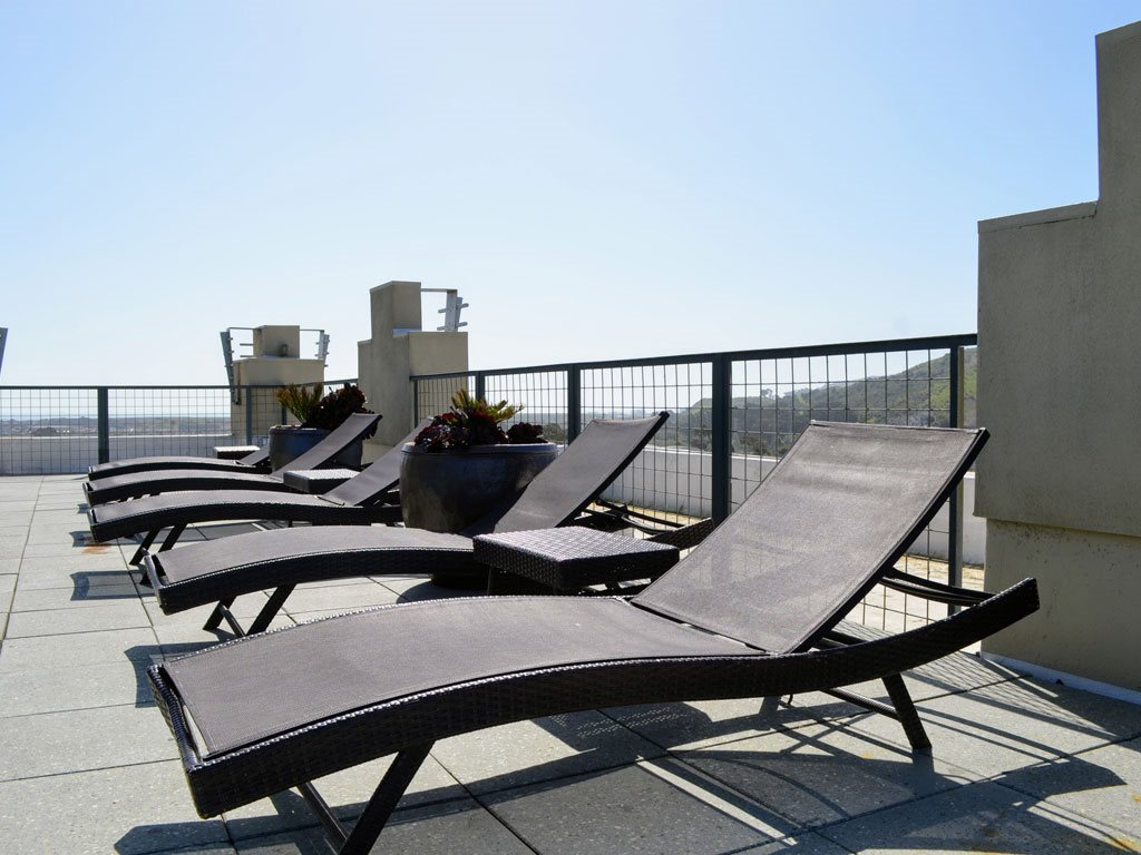 Rooftop Sun Deck at Pacific Place, California, 94014