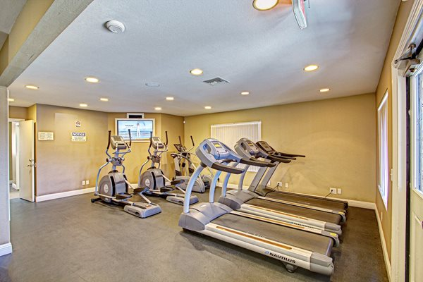 Fitness Center with updated equipment, Temecula, CA 92591
