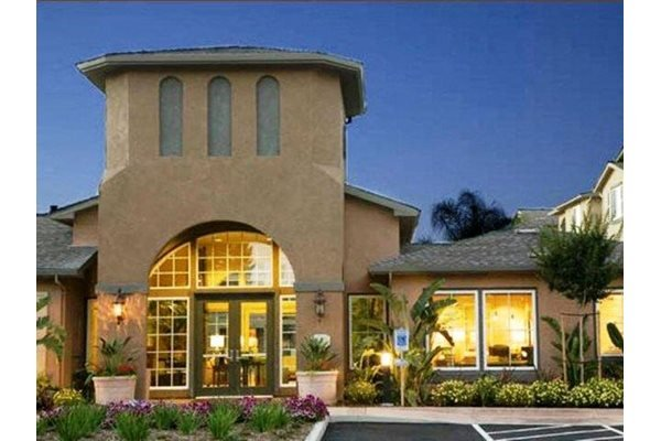 Newly Renovated Clubhouse at Sterling Village Apartments, CA