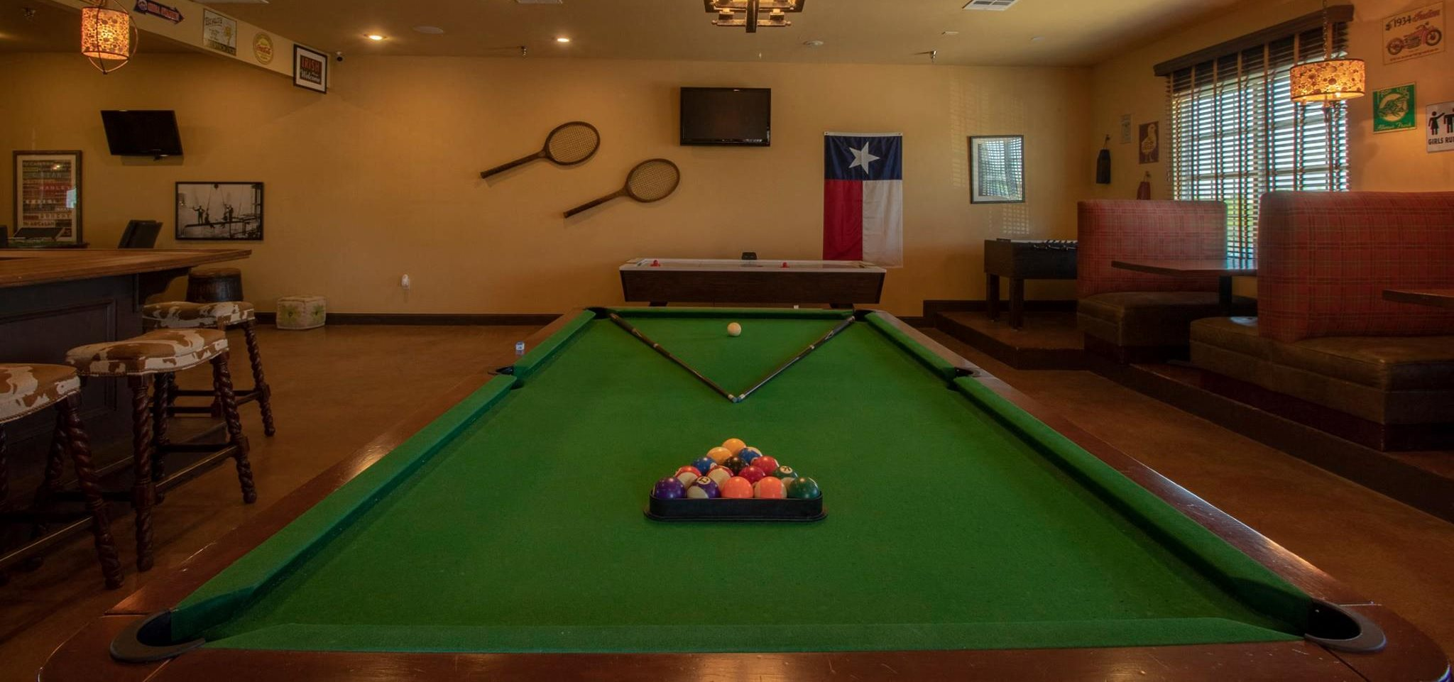 Apartments in San Angelo TX Pool Table