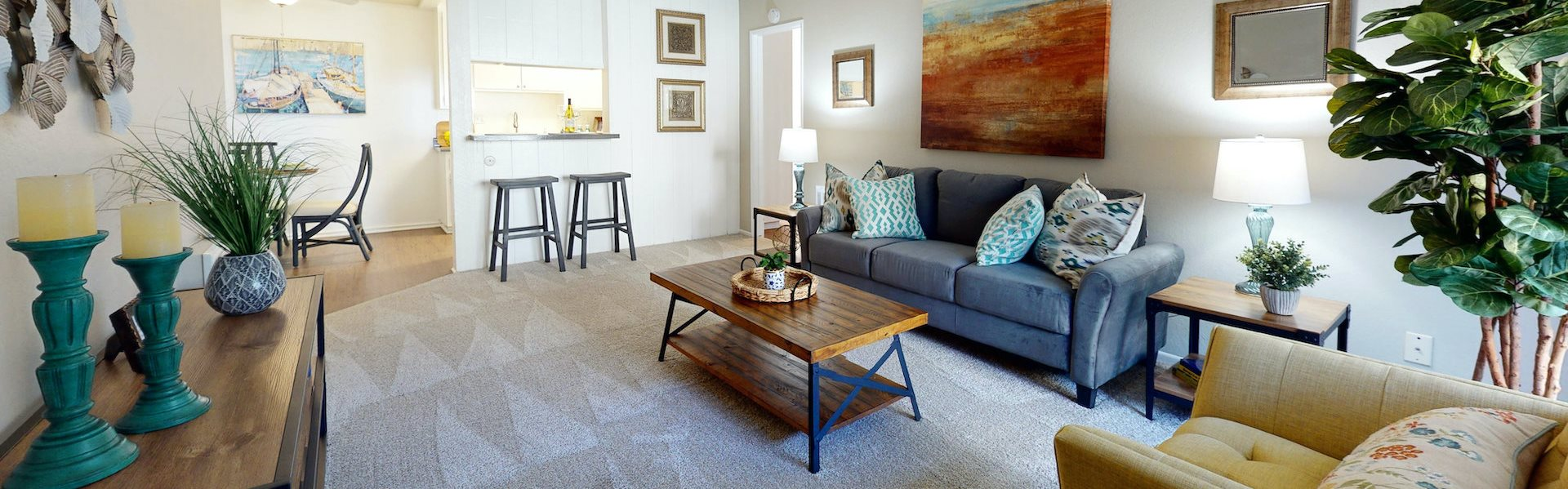 Newport Village Apartments | Costa Mesa, CA | Living Room