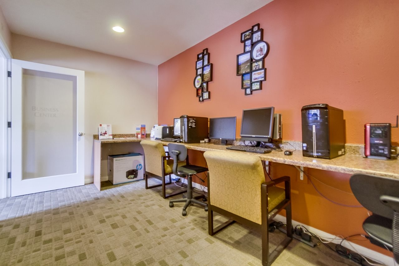 Business Center at Atrium At West Covina, California