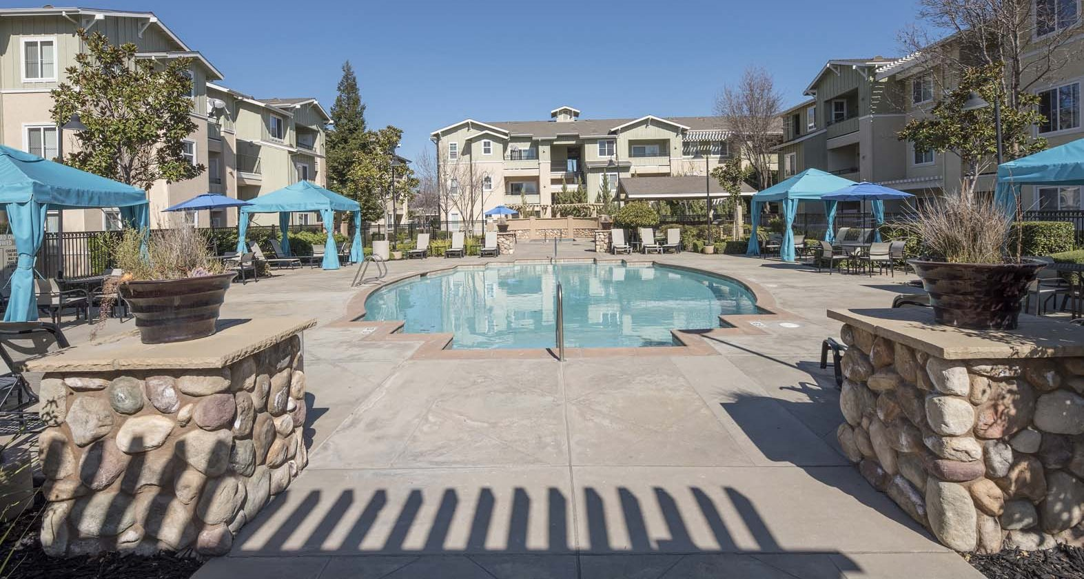 Apartments for Rent in Tracy, CA | Edgewood | Waterstone ...