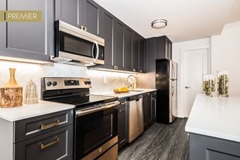 4701 Pine Street Studio-3 Beds Apartment for Rent Photo Gallery 1