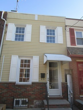 223 Gerritt St 2 Beds House for Rent Photo Gallery 1