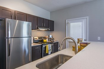 1575 Ridenour Parkway 1-3 Beds Apartment for Rent Photo Gallery 1