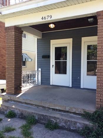 Yardi.Cafe.ILS.Web.Core.ViewModels.AddressViewModel 3 Beds Duplex/Triplex for Rent Photo Gallery 1