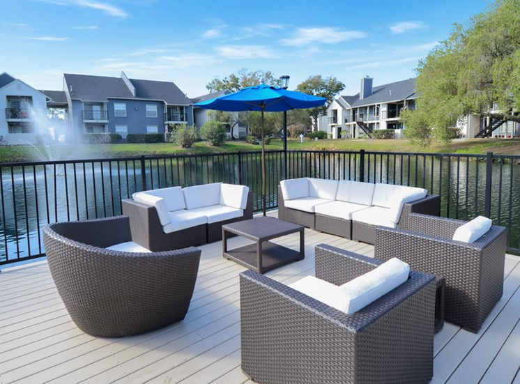 sun deck | Avesta Bay Crossing Apartments Tampa, Fl