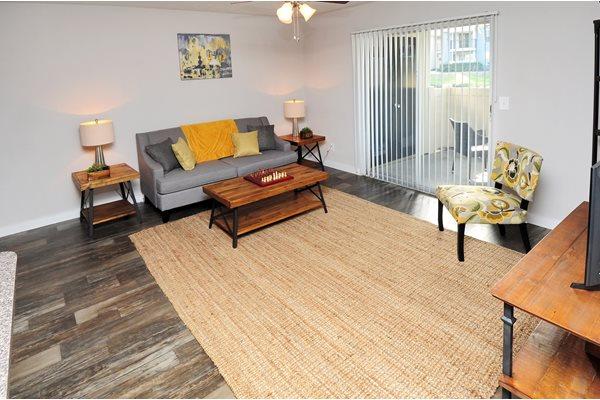 living room 3 | Avesta Bay Crossing Apartments Tampa, Fl