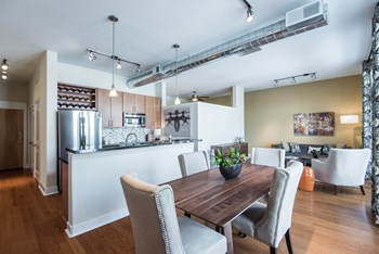 150 W 9Th Ave Studio Apartment for Rent Photo Gallery 1