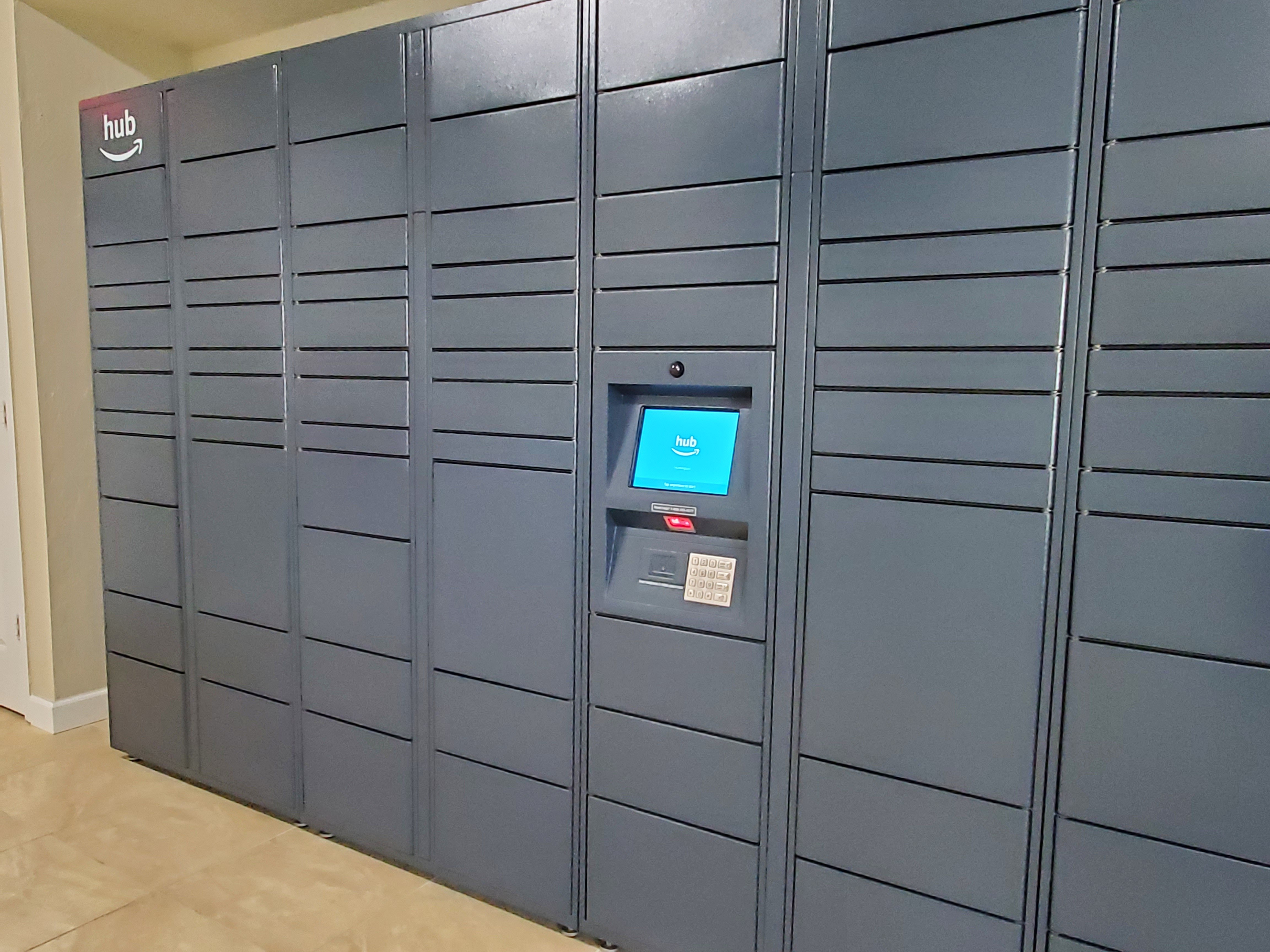 24/7 Access Package Concierge Lockers