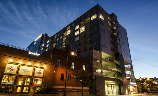 Nighttime Exterior of Arena Place Apartments