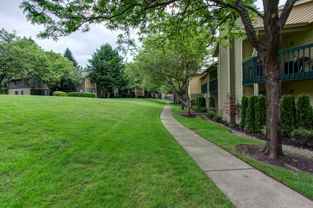 Commons at Avalon Park Tigard Apartments