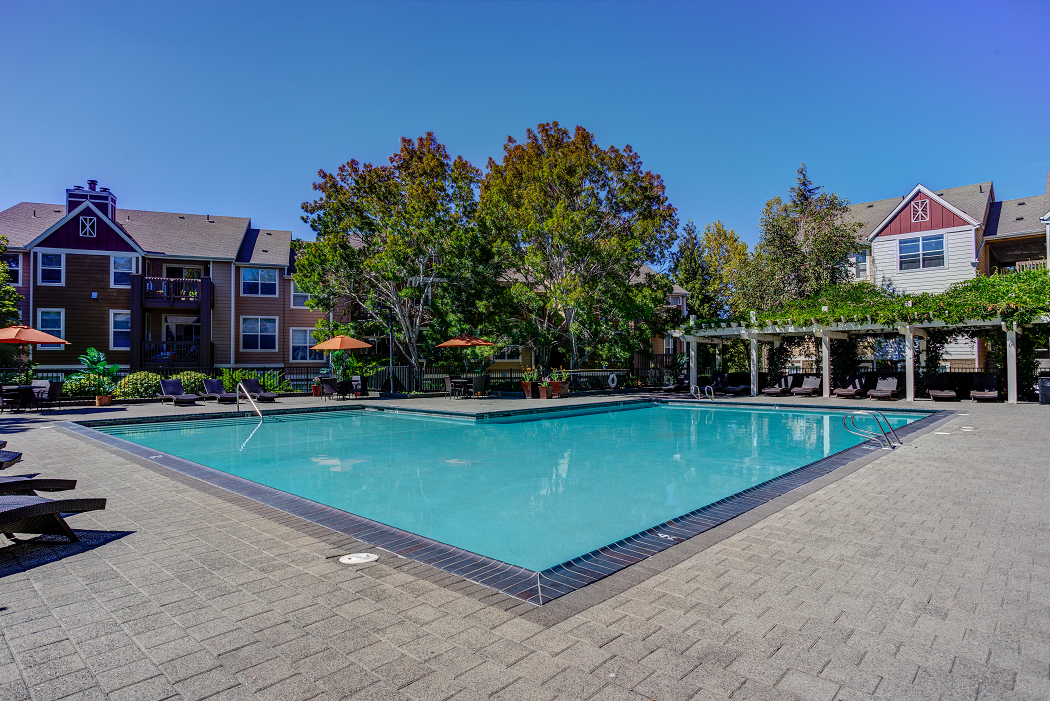 Commons at Verandas Apartments Near Intel Hillsboro