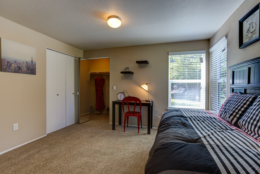 Apartments in Hillsboro, Commons at Dawson Creek