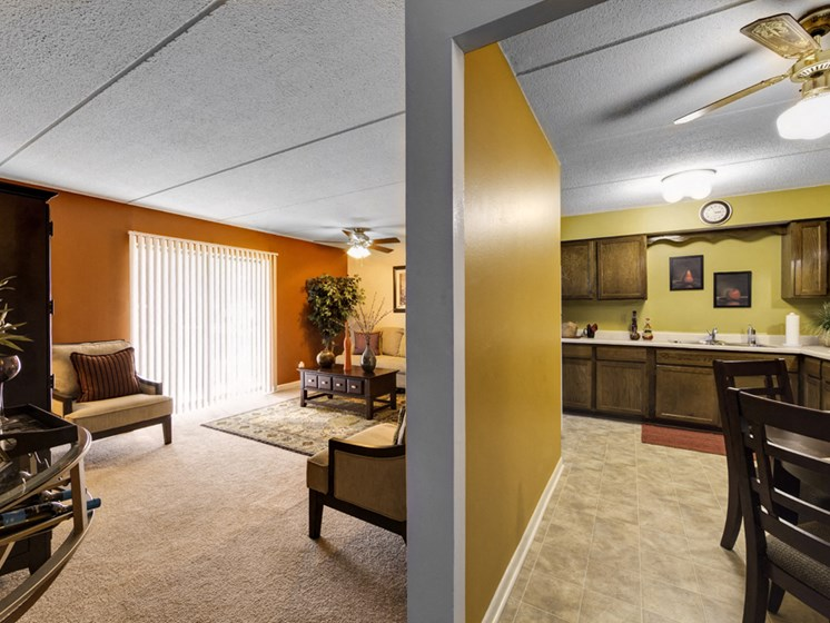 Apartments in Waukegan, IL living and dining