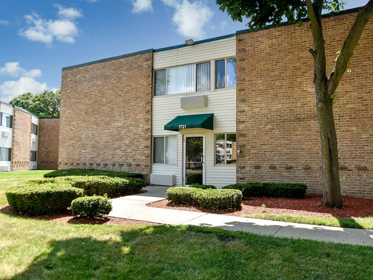 Apartments in Waukegan, IL