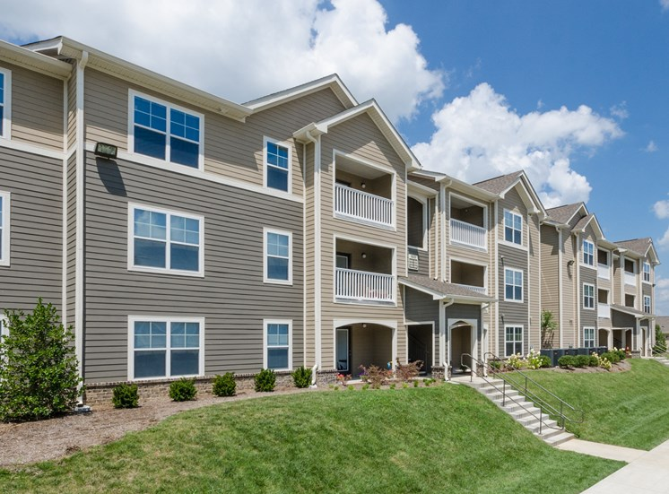 Lafayette Landing Apartments One, Two and Three Bedroom Apartments in Lafayette, Tennessee