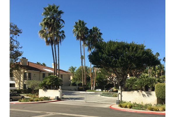 Gated Entry at La Serena apartments in CA 92128