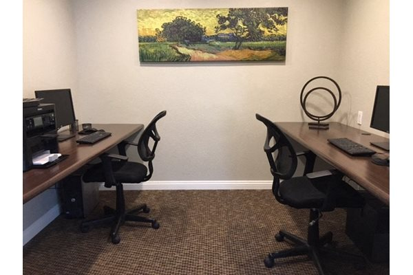 Business Center with wifi La Serena, CA, Bernardo Heights