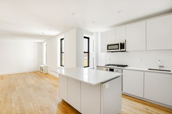 58 Linden Blvd 1 Bed Apartment for Rent Photo Gallery 1