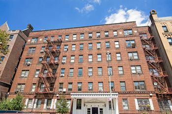 777 St. Marks Avenue 1-2 Beds Apartment for Rent Photo Gallery 1