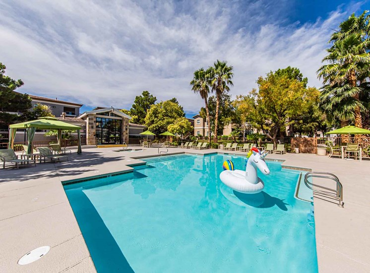 Apartments in Las Vegas, NV | The Clubs at Rhodes Ranch | Pool