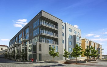 200 Buchanan Street Studio-3 Beds Apartment for Rent Photo Gallery 1