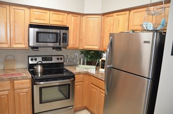 3900 Gateway Drive 1-2 Beds Apartment for Rent Photo Gallery 1